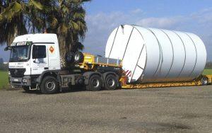 Transportes de depósitos de gran tamaño - Grúas Molero